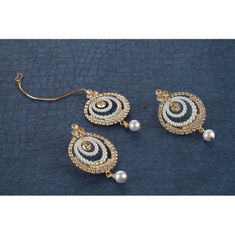 9eb115ec7 Kord Store Gold Plated American Diamond & Pearl Adorable Earring Set with  Maang Tikka for Women and Girls KSEMT80011