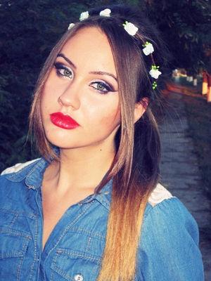 Denim Look Makeup