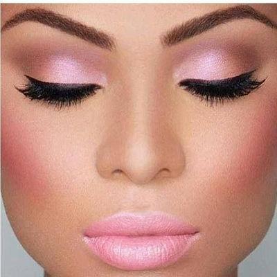Eye-Catching Eyeshadow