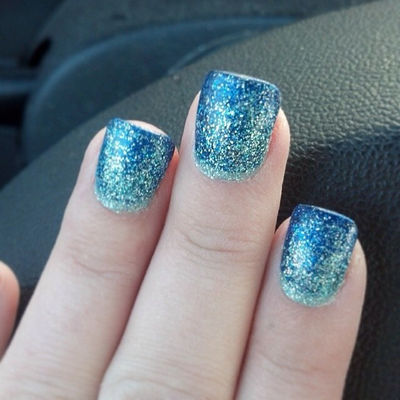 Nail Art With Blue Defining Bling