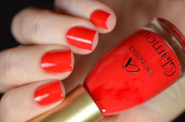 Nail Art With Ge-Red-Butler