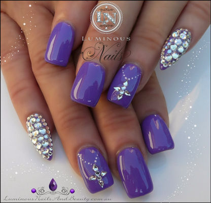 Nail Art With  Deja Blue