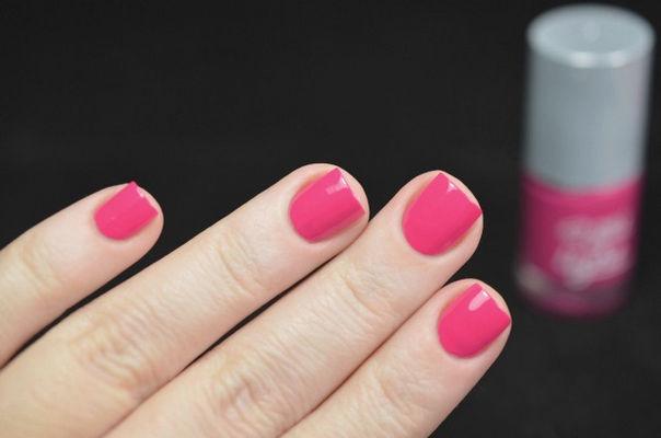 Nail Art With  Pink Prankster