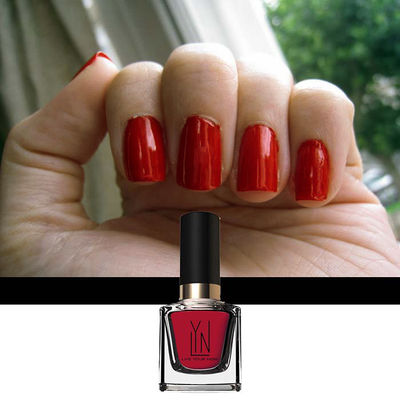 Nail Art With Lacquered Up Red