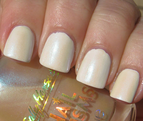 Nail Art With Here Comes The Bride