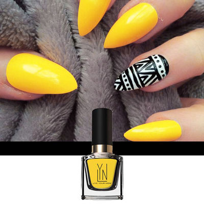 Nail Art With Bee-Witched