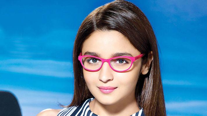 Alia Bhatt: Baby Pink