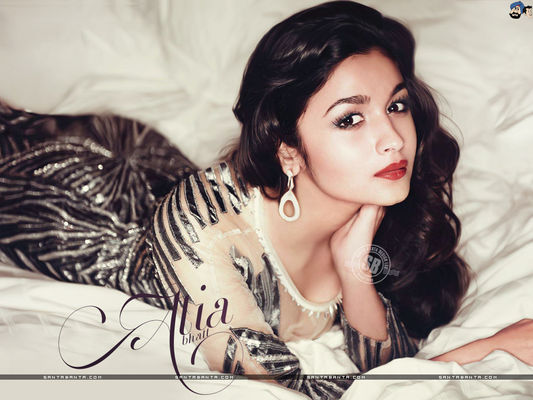 Alia Bhatt: Red Hot