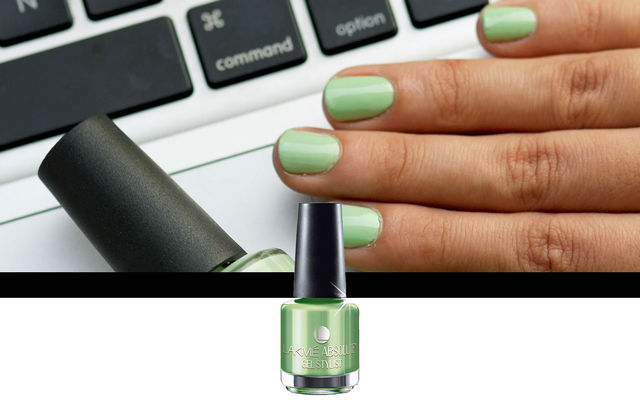 Nail Art With Mint Julep