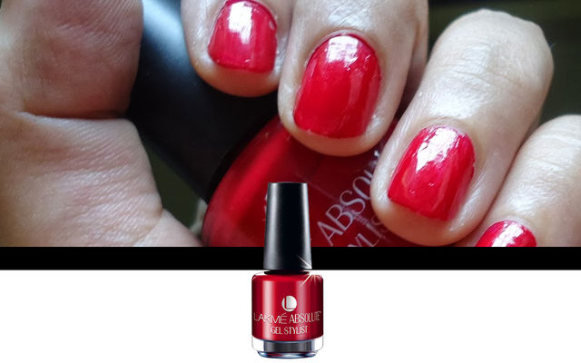 Nail Art With Scarlet Red