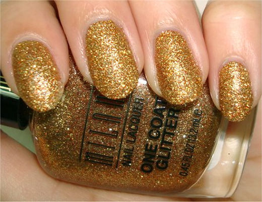 Nail Art With  Golden Devils Trance