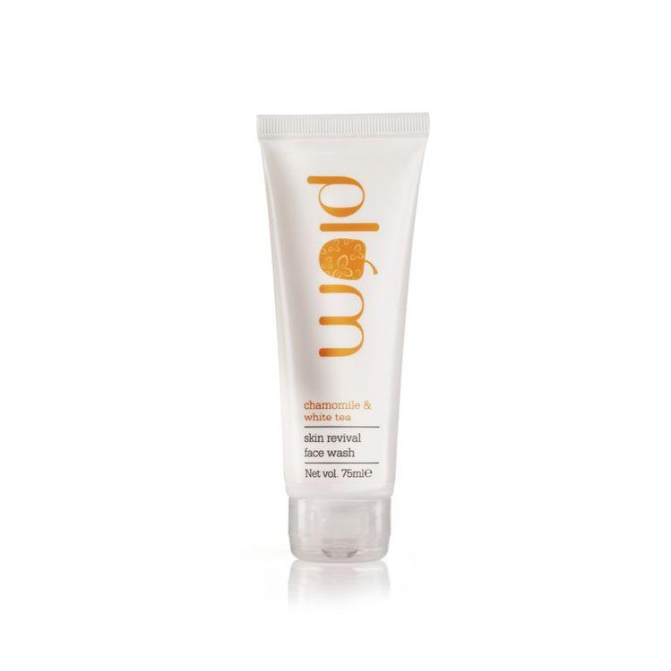 Buy Plum Chamomile & White Tea Skin Revival Face Wash (75 ml)-Purplle
