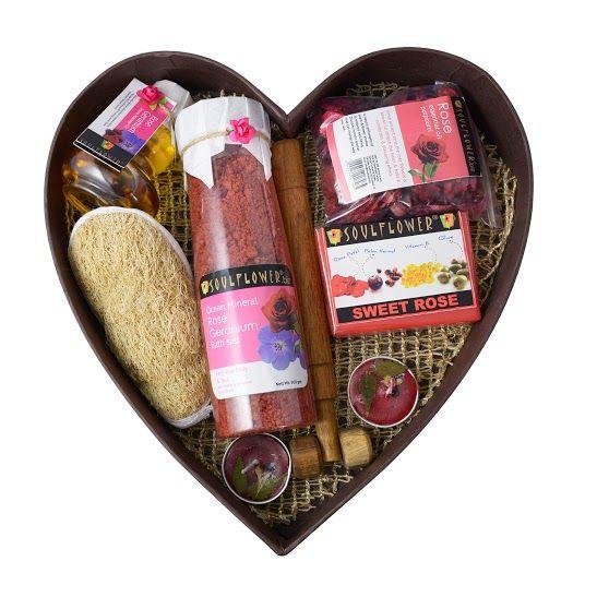 Buy Soulflower Romance Heart Bathset-Purplle