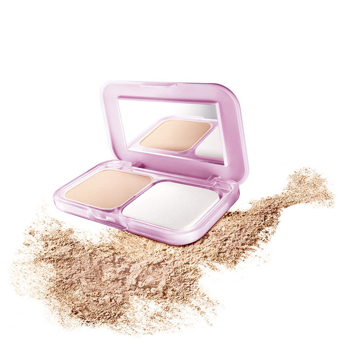 Buy Maybelline New York Clear Glow All In One Fairness Compact Powder SPF 32 PA+++ Light 1 (9 g)-Purplle