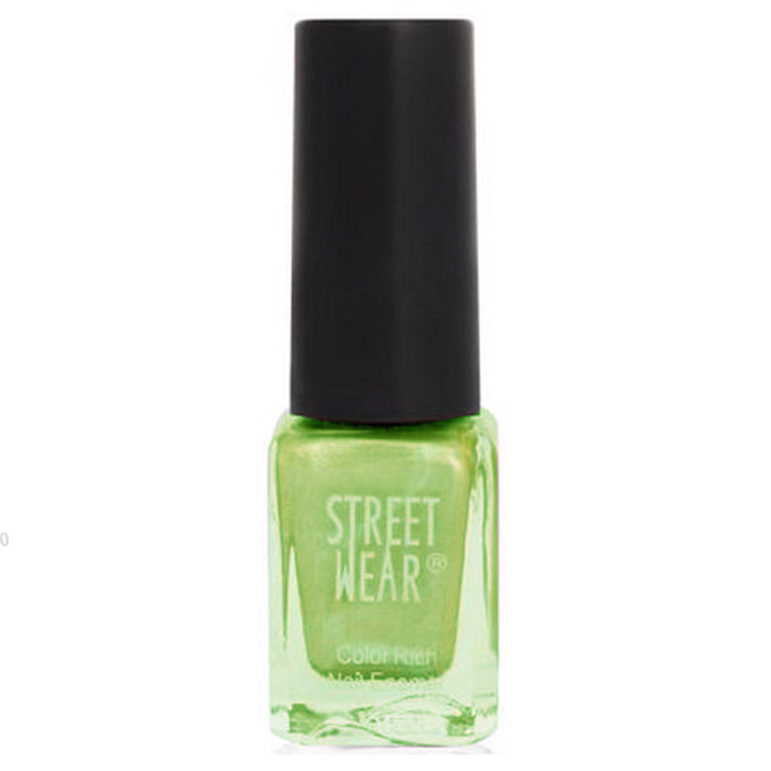 Buy Street Wear Color Rich Nail Enamel Green Passion (5 ml)-Purplle